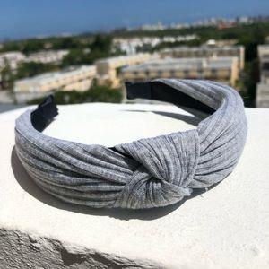 Gray Ribbed Knot Headband